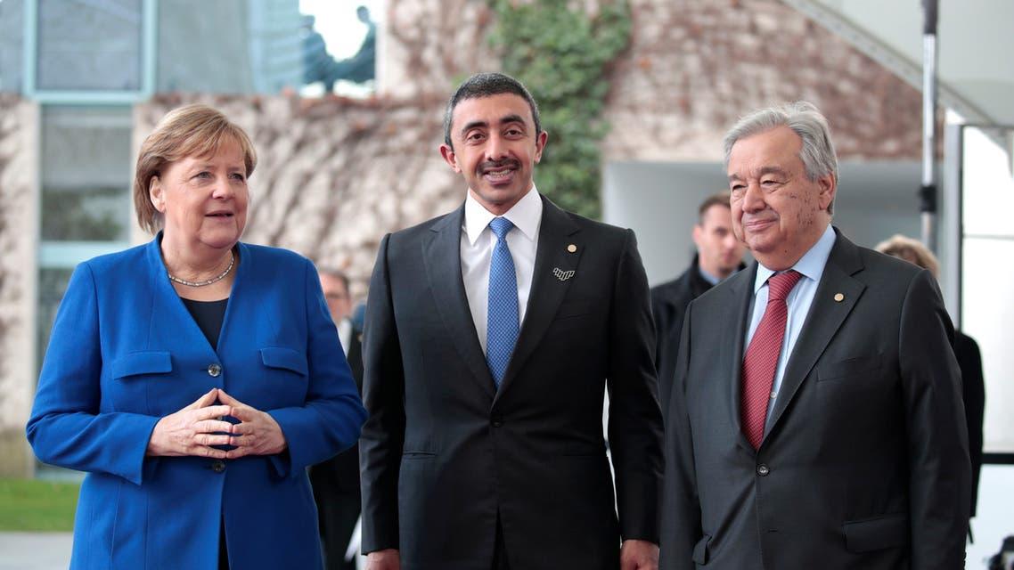 عبدالله بن زايد آل نهيان يتوسط الأمين العام للأمم المتحدة والمستشارة الألمانية في قمة برلين الأحد