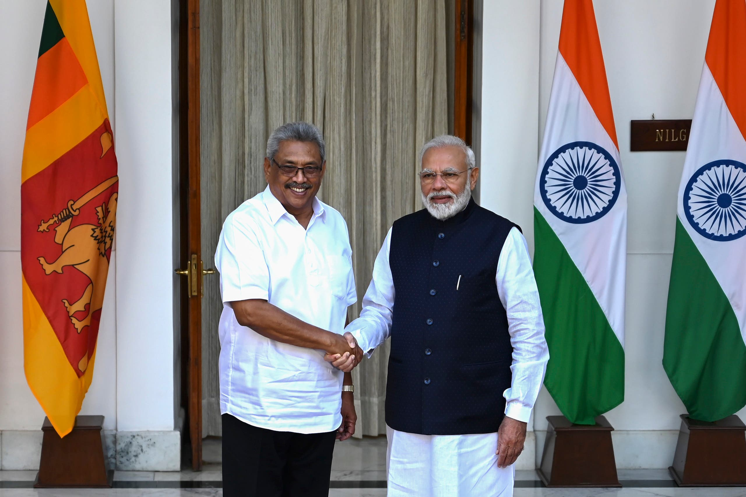 Sri Lanka's President Gotabaya Rajapaksa (L) shakes hands with India's Prime Minister Narendra Modi before a meeting in New Delhi on November 29, 2019. (File photo: AFP)