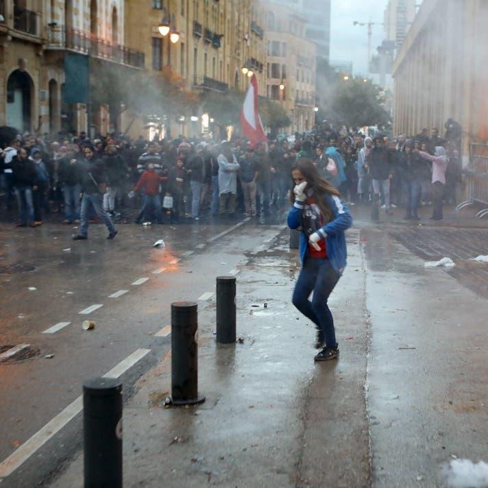 70 إصابة في مواجهات المحتجين وقوات الأمن وسط بيروت