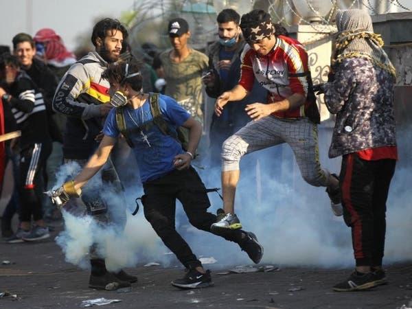 مواجهات في بغداد.. وإعفاء قائد شرطة رفض قمع التظاهرات