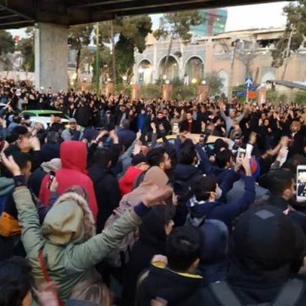 باحثة إيرانية: ضابط إيراني اغتصب معتقلة بالاحتجاجات الأخيرة