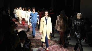 أسبوع الموضة الباريسي.. إطلالات بروح الثمانينيات