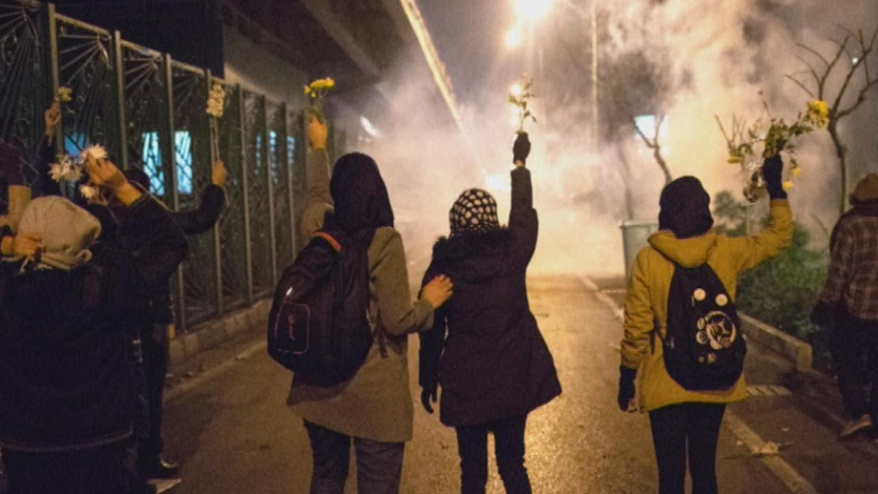 ایران میں احتجاج کے مناظر۔