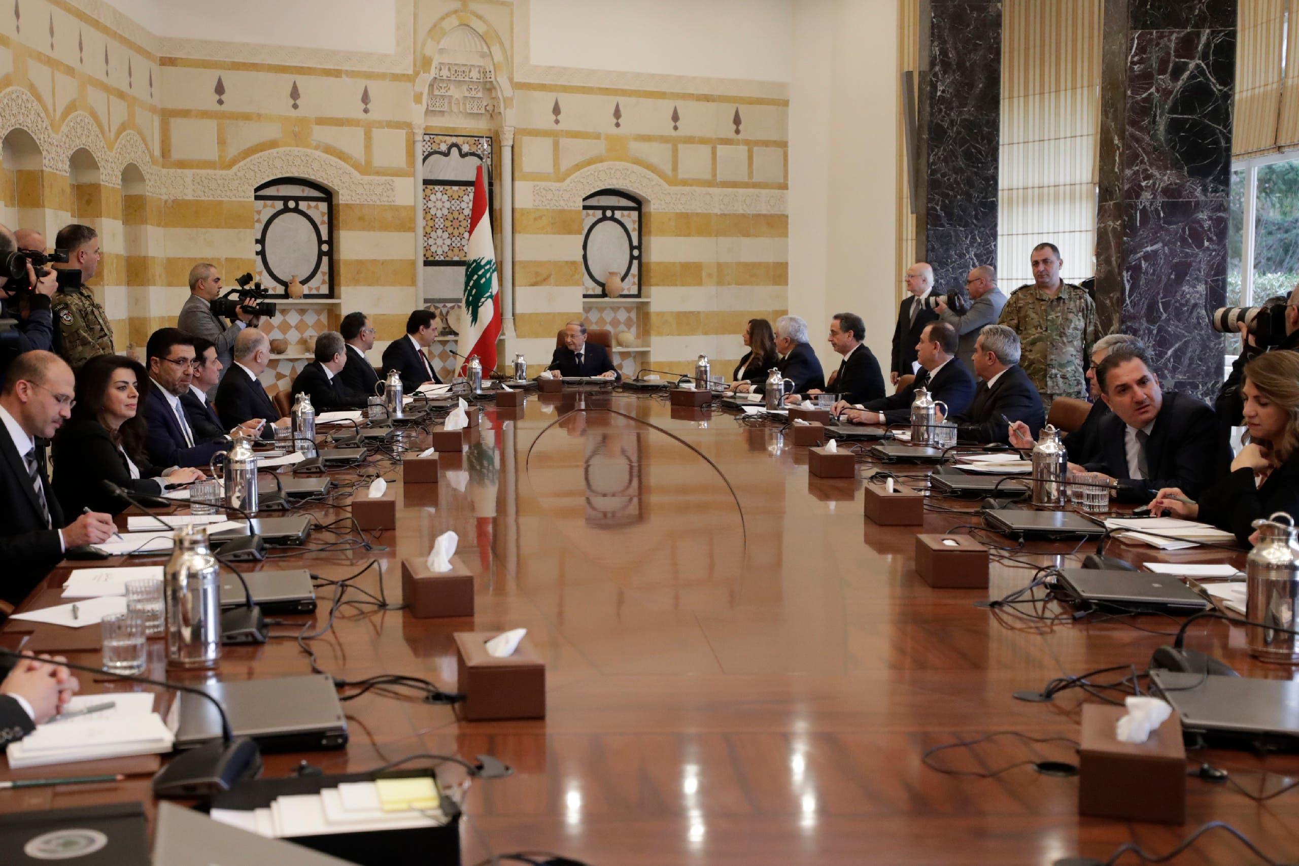 أول اجتماع للحكومة اللبنانية برئاسة الرئيس ميشال عون