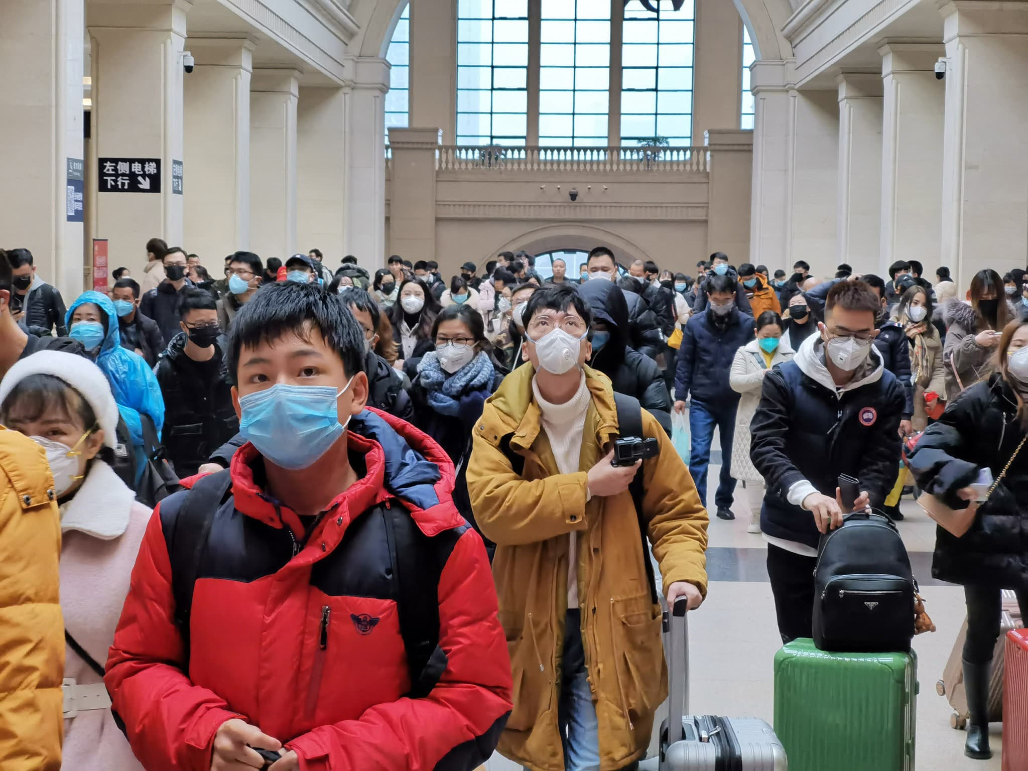 مدينة ووهان الصينية تحت حصار الفيروس