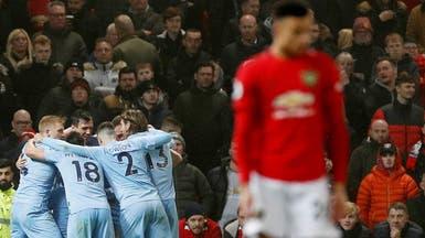 بيرنلي يصعق يونايتد.. وتوتنهام يحقق فوزاً صعباً