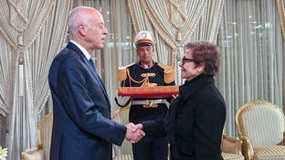 من هي أيقونة الثورة التي منحها رئيس تونس أعلى وسام؟