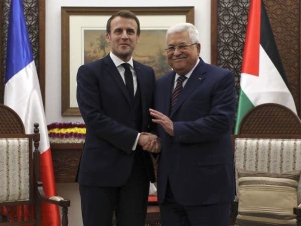 عباس يؤكد لماكرون أهمية دور فرنسا لإنقاذ عملية السلام
