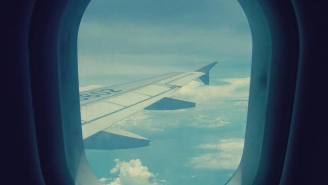 طائرة من الداخل