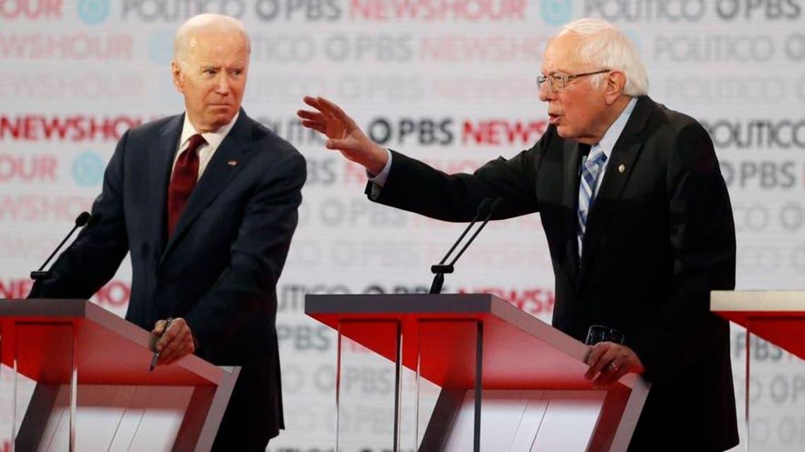 بيرني ساندرز و جو بايدن خلال مناظرة انتخابية