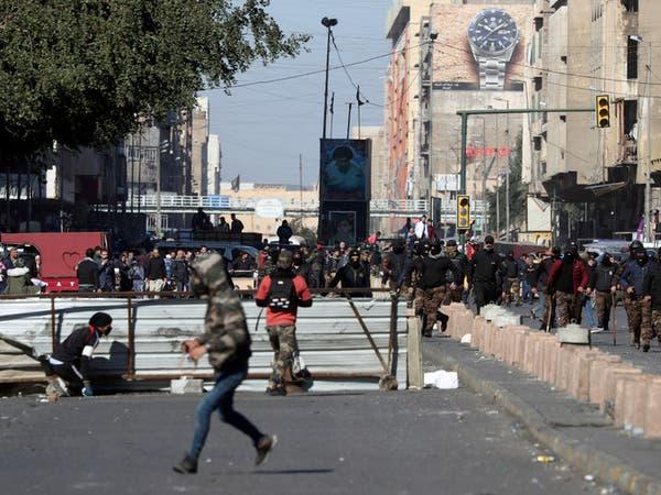 العراق.. مقتل 2 وإصابة 18 بإطلاق نار وحرق خيم المحتجين