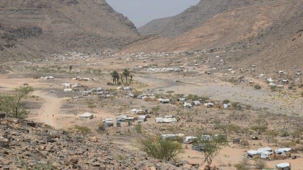 اليمن.. الحوثي يستهدف مخيماً للنازحين شرق صنعاء