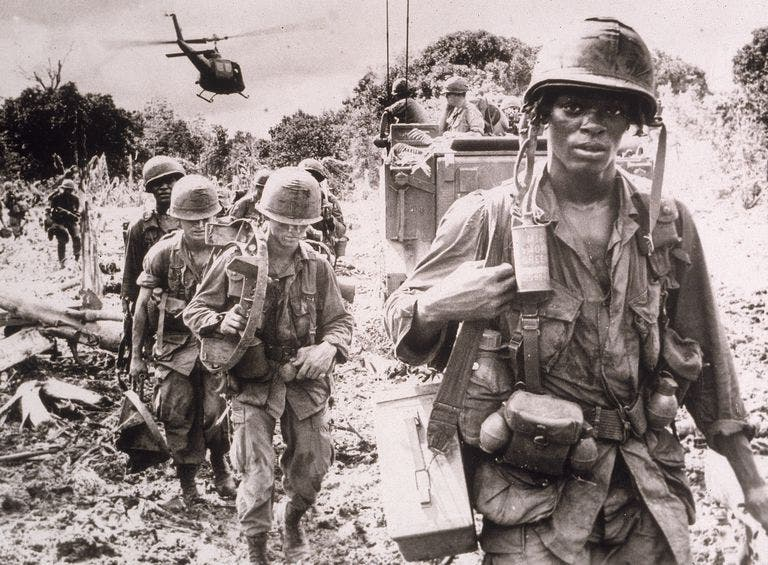 صورة لجنود أميركيين بفيتنام