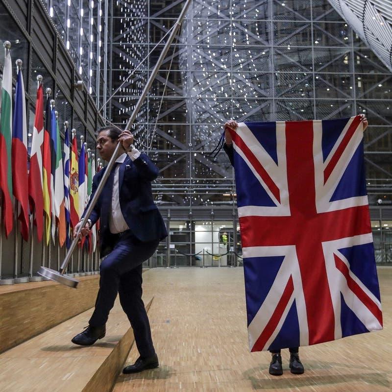"""لندن تفتح معركة تعديل اتفاقية بريكست.. ورد غاضب من """"الأوروبي"""""""