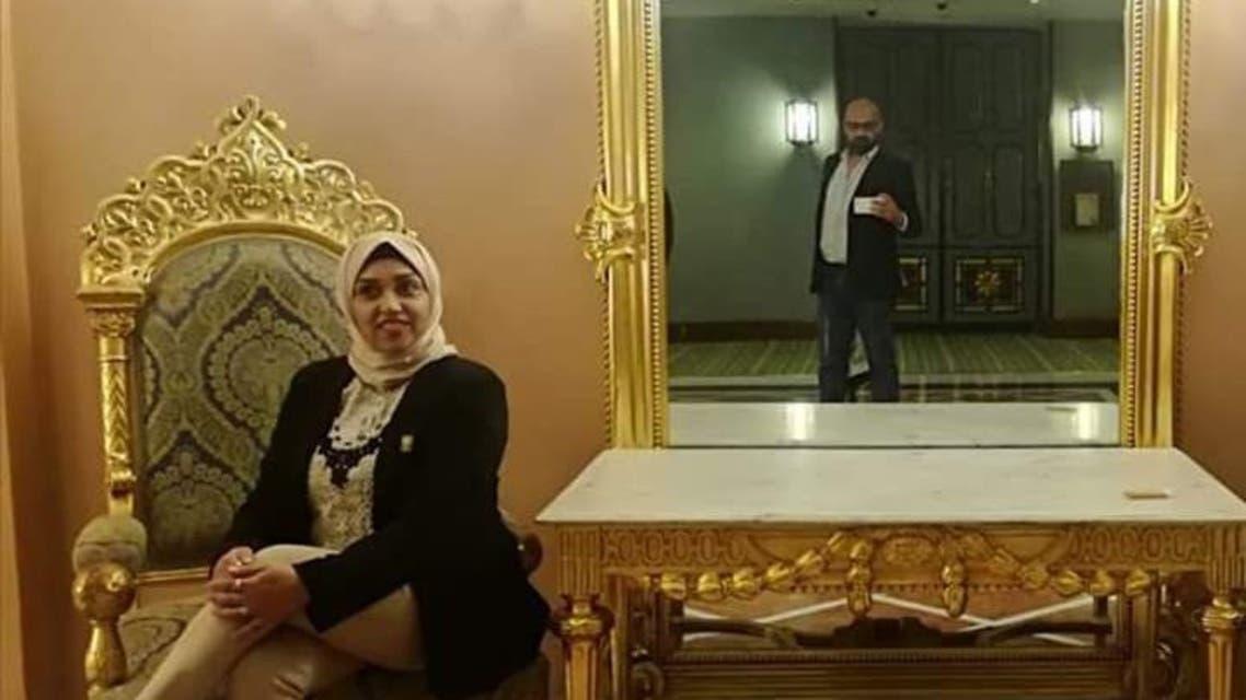 رحاب بدر وزوجها