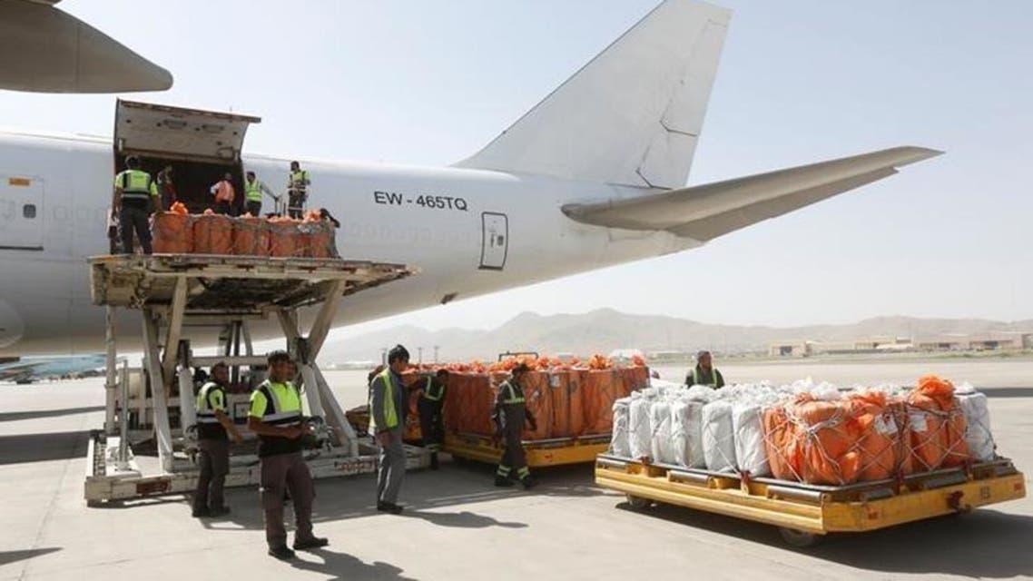 توقف صادرات افغانستان به چین از طریق دهلیز هوایی برای جلوگیری از شیوع یروس کرونا