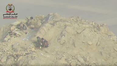 شاهد.. الجيش يقتحم مواقع للحوثيين بصرواح ويحرر أخرى بنهم