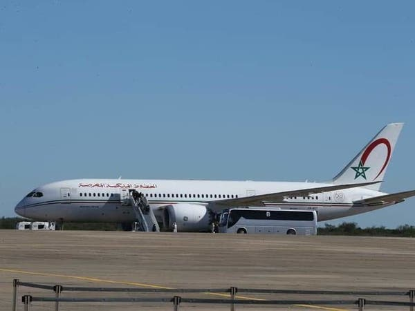 المغرب يعلق الرحلات الجوية مؤقتاً بسبب كورونا