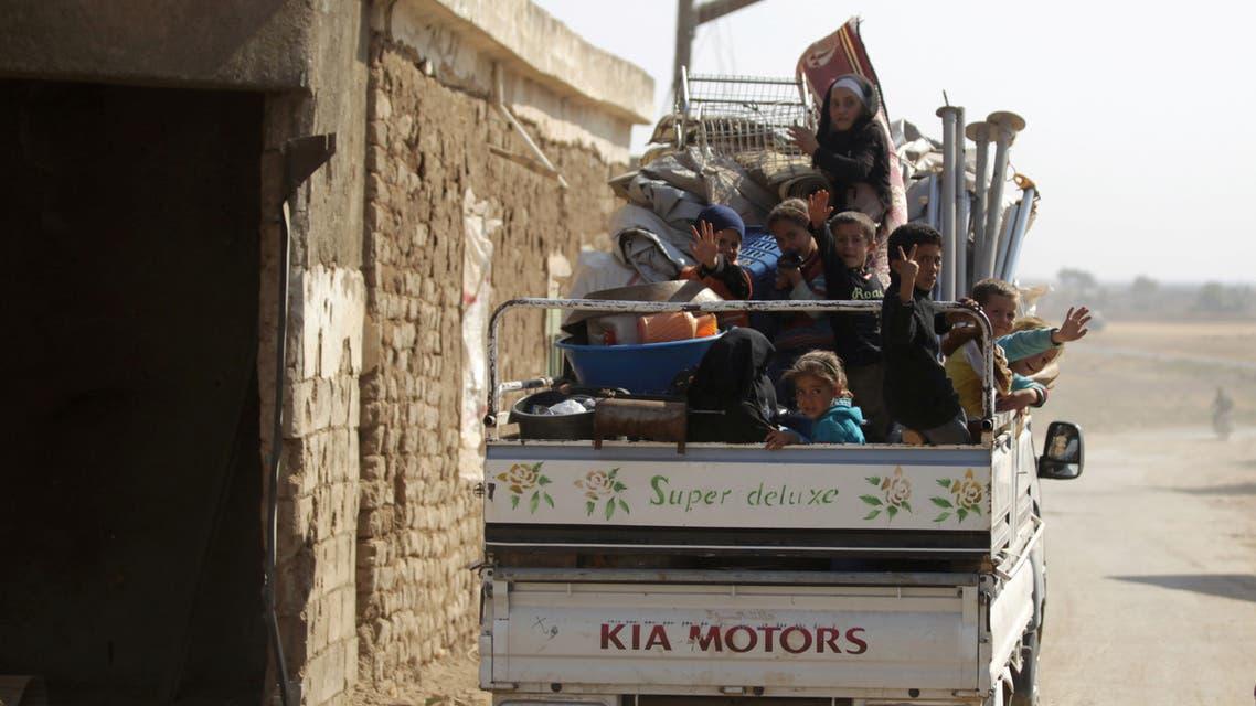 نازحون من حلب (أرشيفية - رويترز)