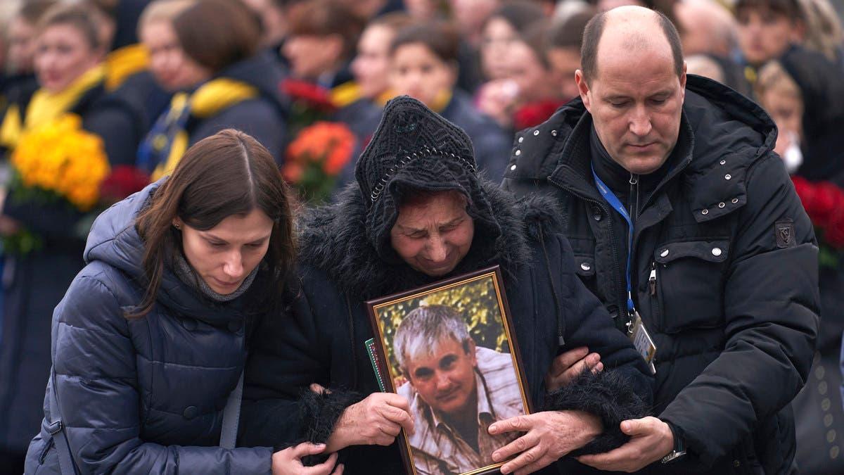 رفضوا مال إيران مقابل أحبابهم.. عائلات الأوكرانية يروون