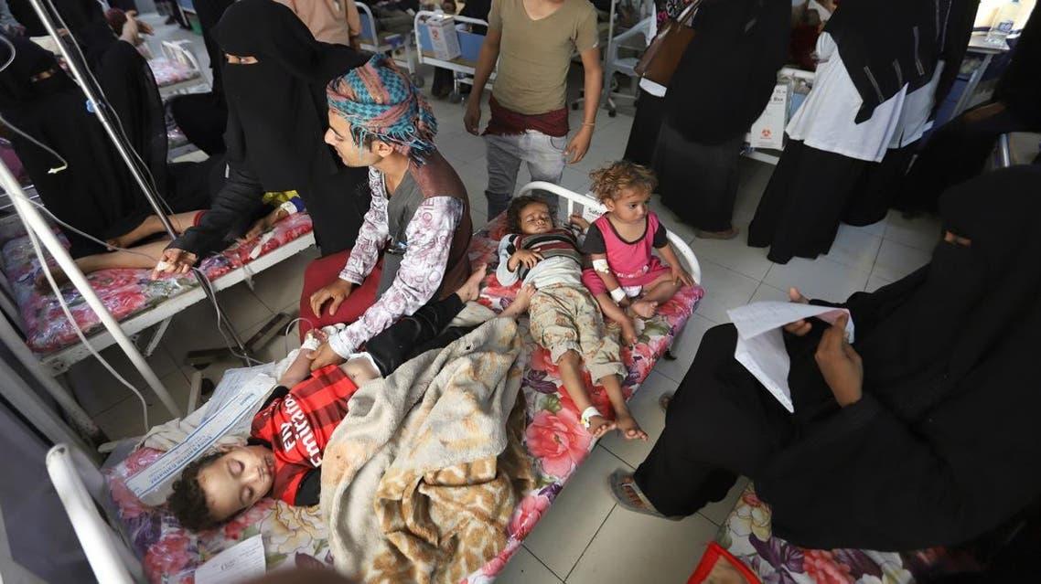 Boys recuperate from dengue fever at a hospital in Hodeidah, Yemen January 21, 2020. (Photo: Reuters)