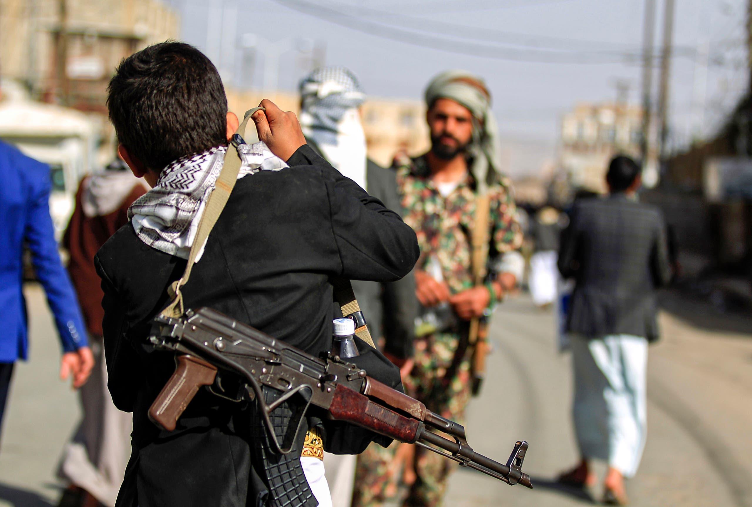 أطفال جندهم الحوثيون (فرانس برس)