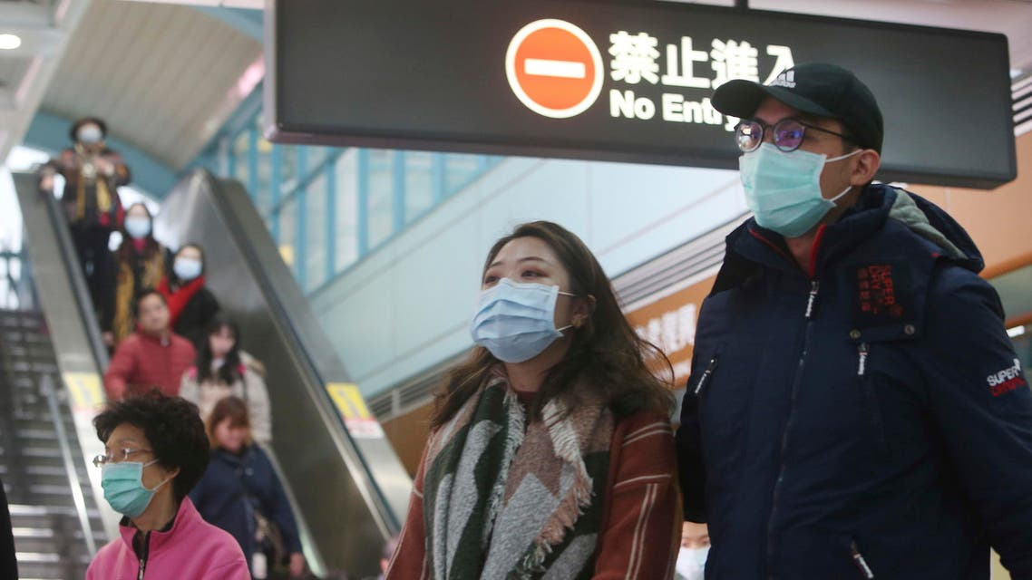People wear masks at a metro station in Taipei, Taiwan, Tuesday, Jan. 28, 2020. (AP)