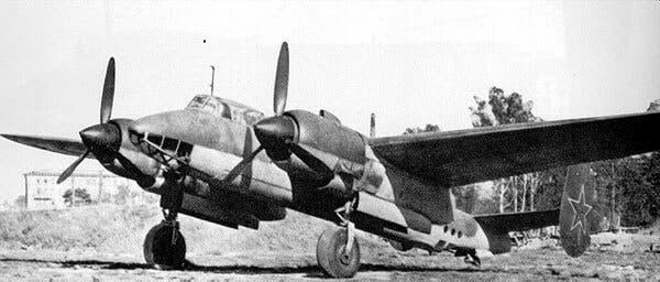صورة للطائرة توبوليف 2