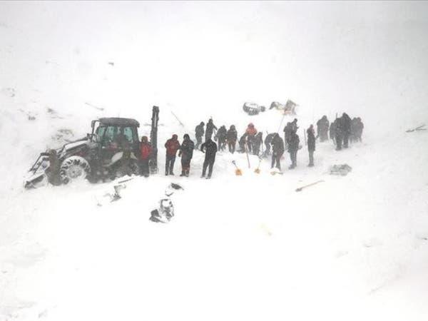 ارتفاع حصيلة ضحايا الانهيار الجليدي في تركيا إلى 33 قتيلاً