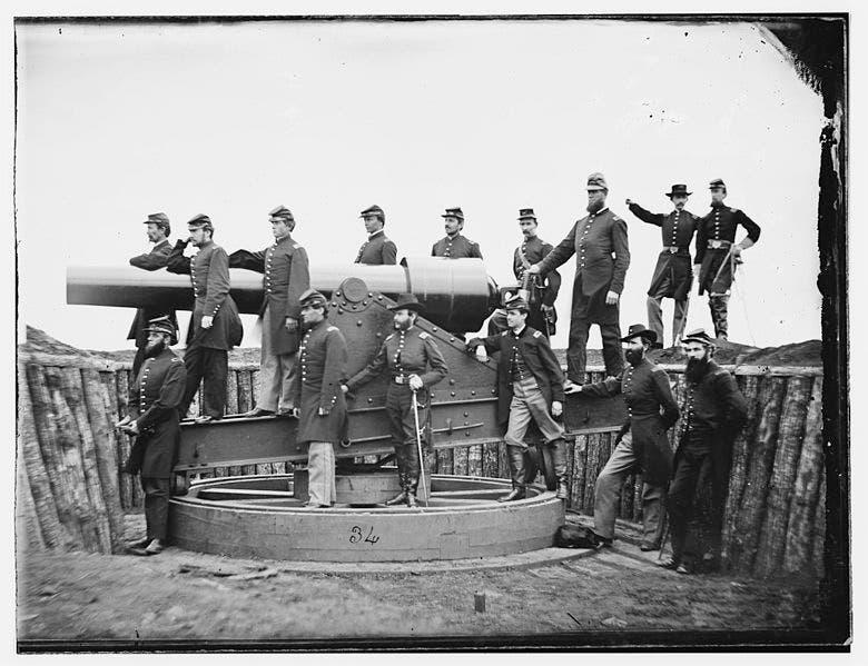 صورة لإحدى فرق المدفعية التابعة لقوات الاتحاد بالحرب الأهلية الأميركية