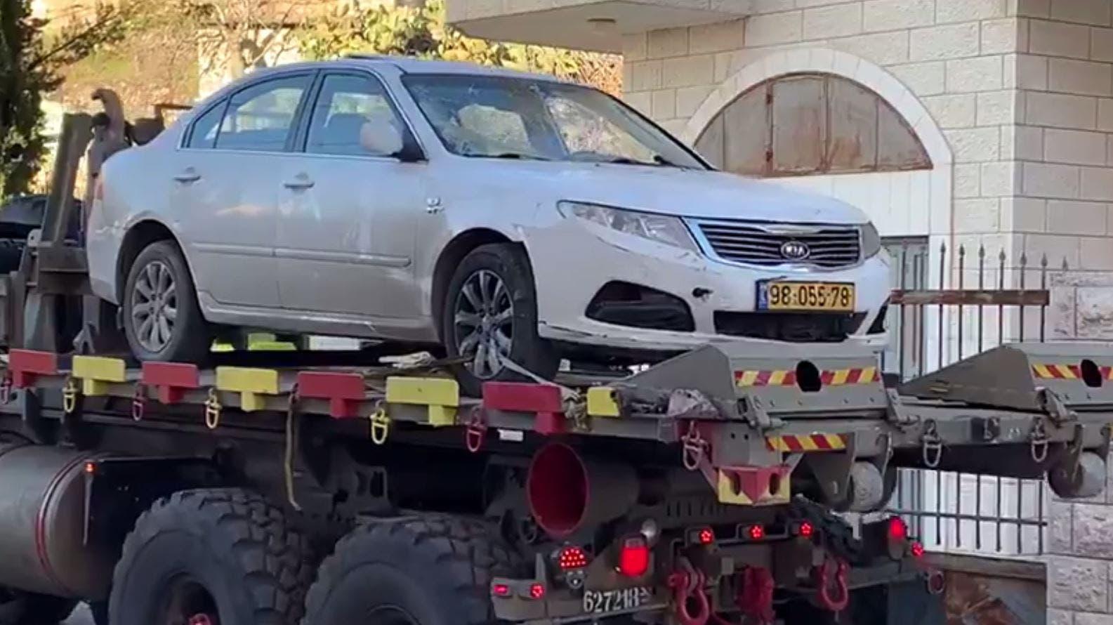 صورة لسيارة تقول سلطات الاحتلال إنها استخدمت في عملية الدهس