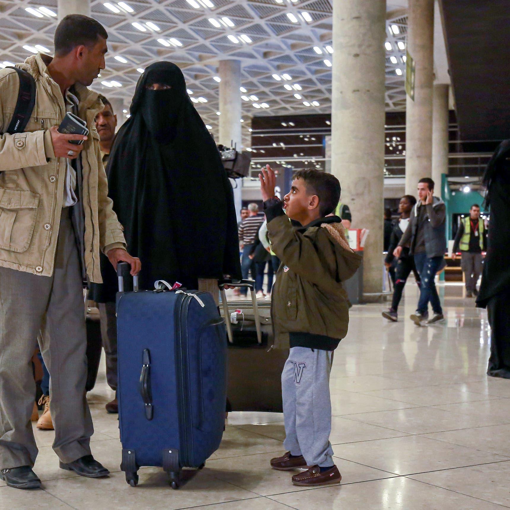 تعليق الرحلات الجوية من وإلى المطارات اليمنية لأسبوعين