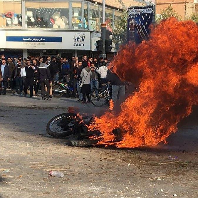 بذكرى الاحتجاجات.. تدريبات أمنية في شوارع 52 مدينة إيرانية