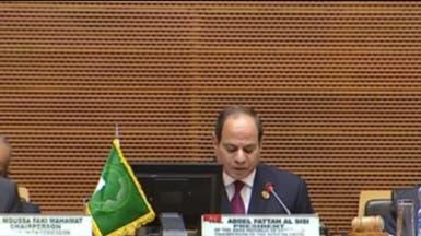 السيسي يدعو إلى قمة إفريقية بالقاهرة لمكافحة الإرهاب