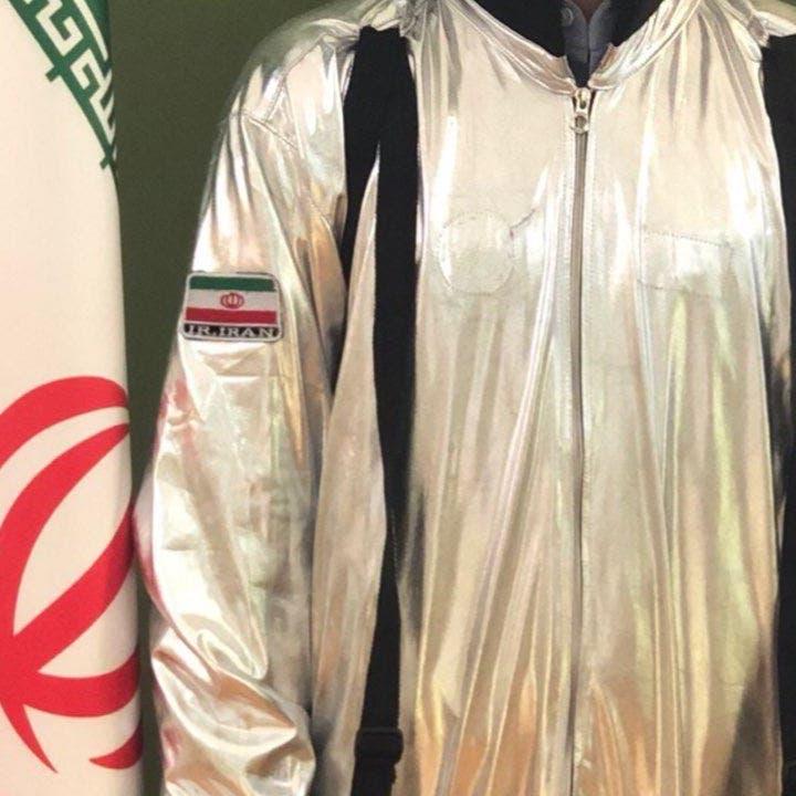 وزير الاتصالات الإيراني يثير الجدل بصورة.. ثم يحذفها