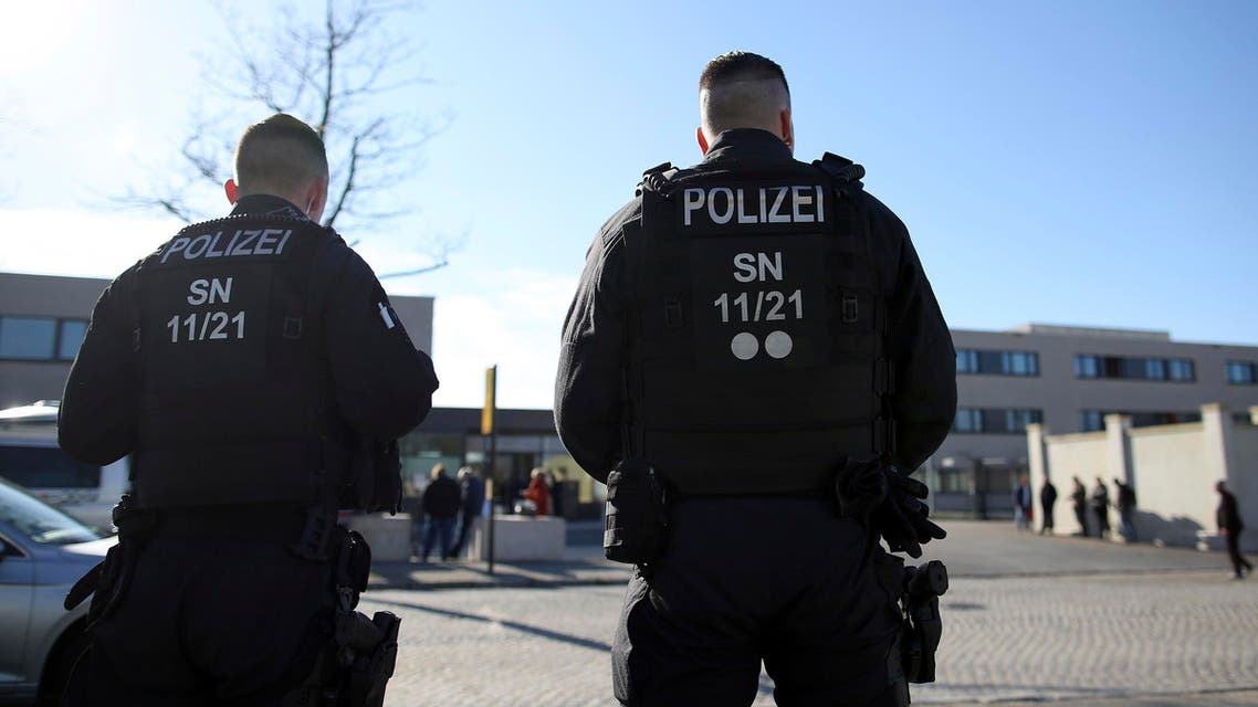 Policemen stand in front of the Higher Regional Court in Dresden, eastern Germany on March 18, 2019. (File photo: AFP)