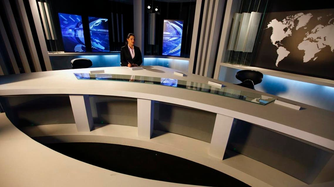 an Ennahar TV News anchorwoman is seen at a TV news studio in Algier May 8, 2012. (File photo: Reuters)