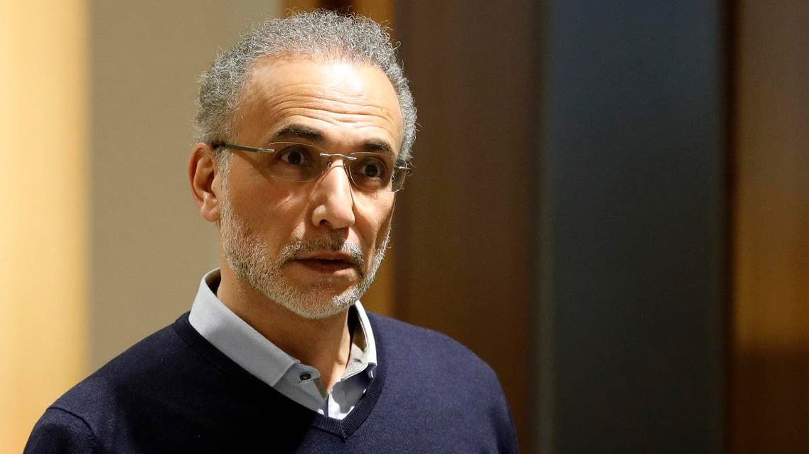 Swiss leading Islamic scholar Tariq Ramadan arrives at the Palais de Justice (Law Court) of Paris, on February 13, 2020. (AFP)