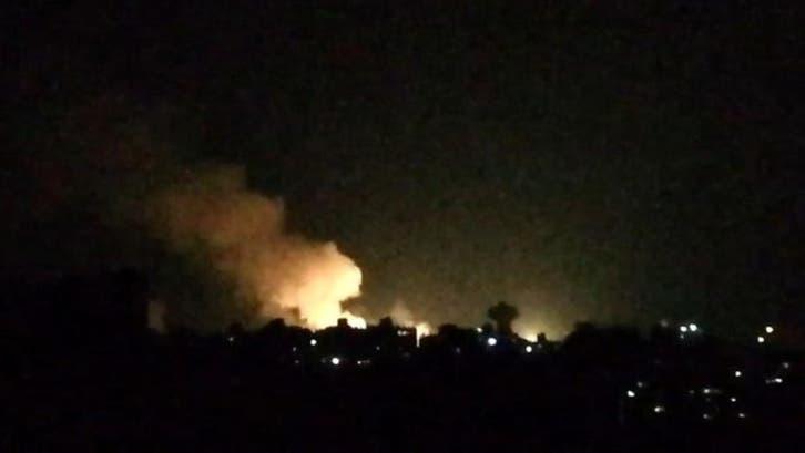 غارات إسرائيلية تستهدف محيط مطار دمشق ومواقع لحزب الله في القنيطرة