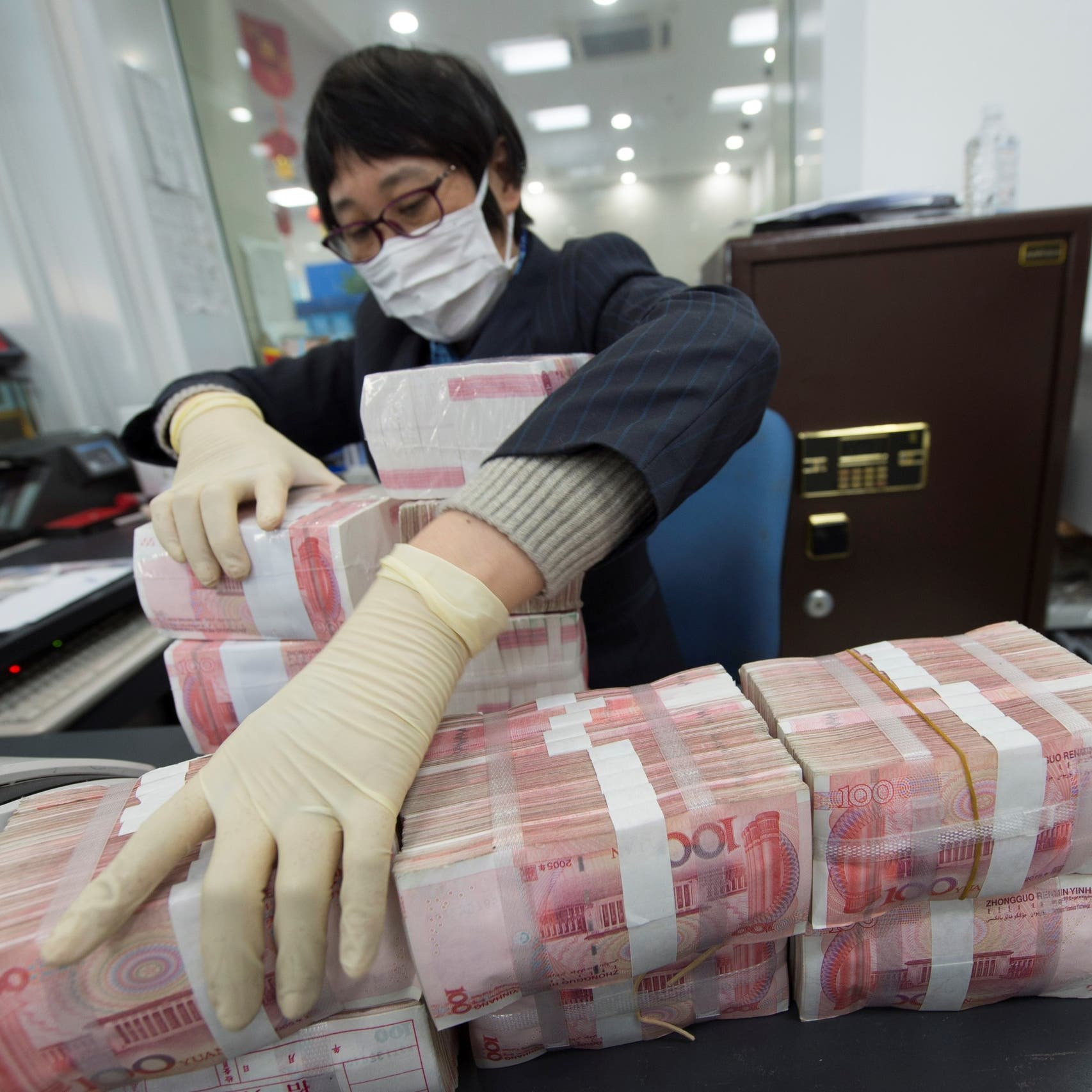 فيروس كورونا يفتك ببنوك الصين.. قروض متعثرة بتريليون دولار