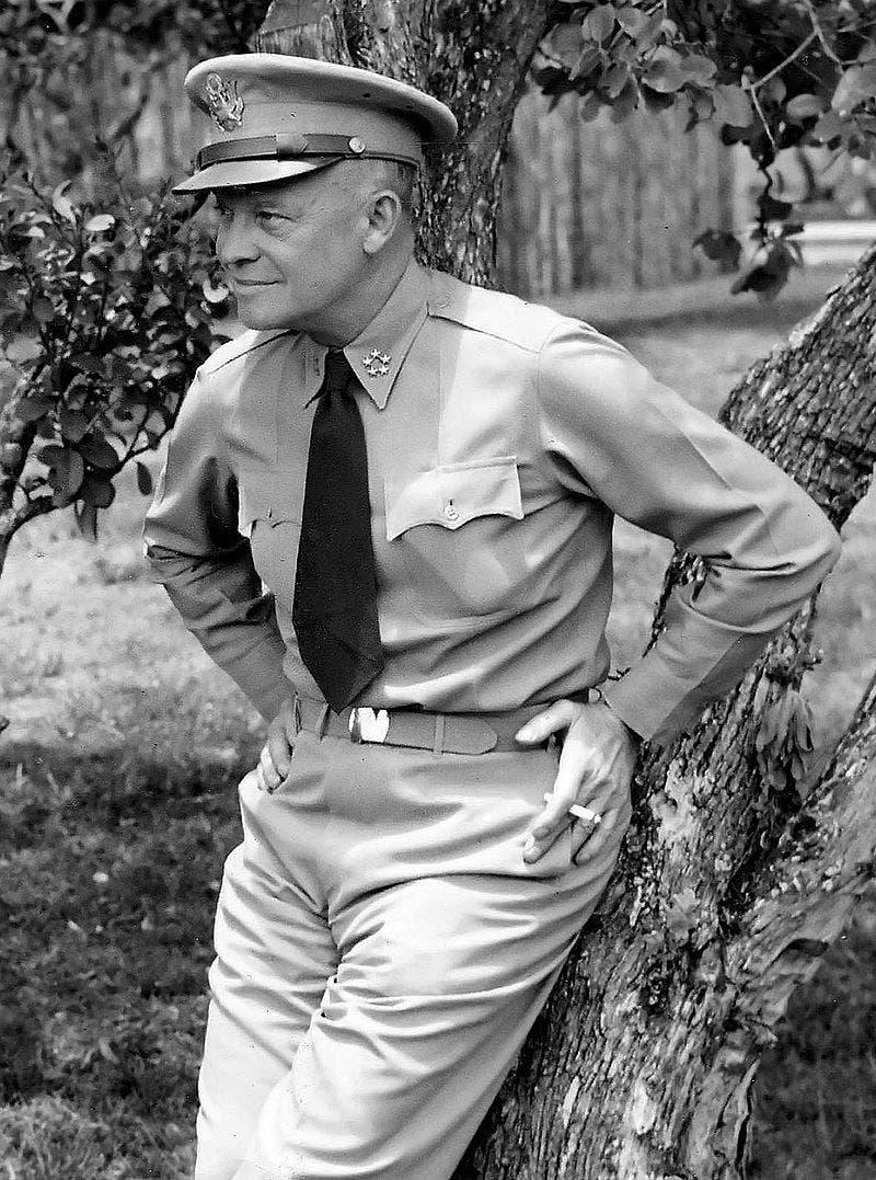 الجنرال الأميركي دوايت أيزنهاور