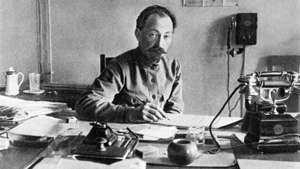 مجرم لاحقته بريطانيا.. أسس جهاز الشرطة السرية السوفيتية