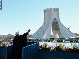 ناشطون وفنانون لحكومة إيران: أين الشفافية حول كورونا