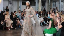 أزياء إماراتية من وحي طائر الفينيق في أسبوع لندن للموضة