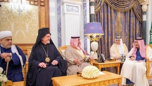 """الملك سلمان يبحث مع وفد من """"مركز الملك عبدالله للحوار"""" مكافحة التطرف"""