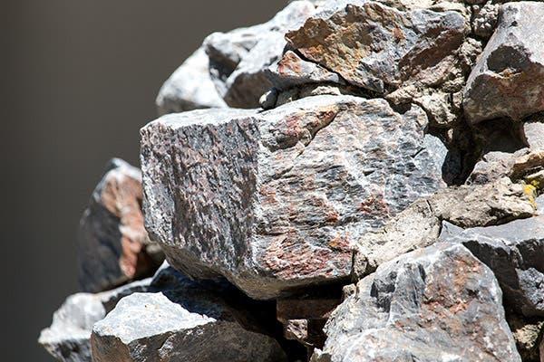 الصخور والأحجار