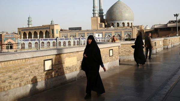 ممرض من قم يكشف المستور: مسؤولو إيران يخفون الحقائق