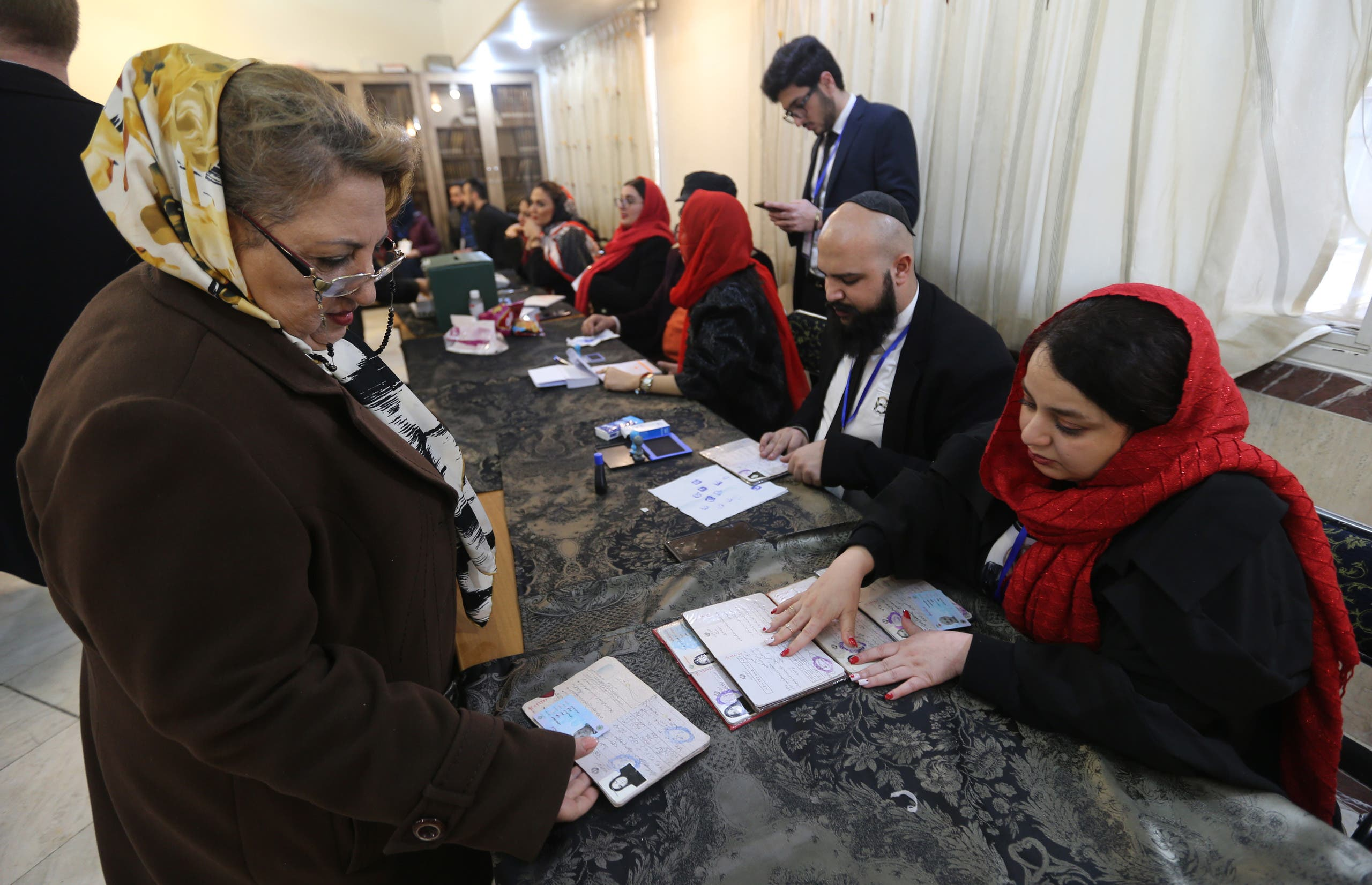 من طهران يوم 21 فبراير