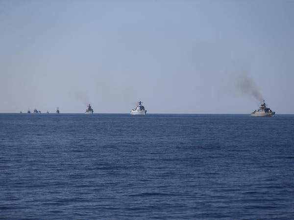 إيران تحتجز سفينة أجنبية في خليج عمان