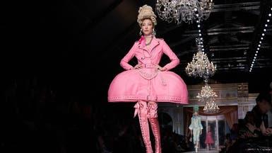 عرض أزياء غريب في ميلانو.. ما علاقة ماري أنطوانيت؟